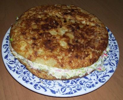 tortilla-de-patata-rellena-de-cangrejo.jpg