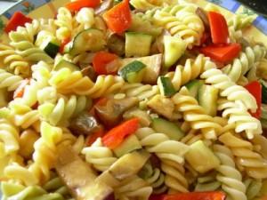 ensalada-de-pasta-con-verdura