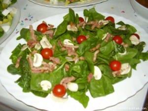 ensalada_de_espinacas_con_champinones_y_bacon
