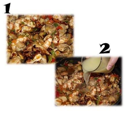 agregamos la salsa de soja y el caldo de pollo