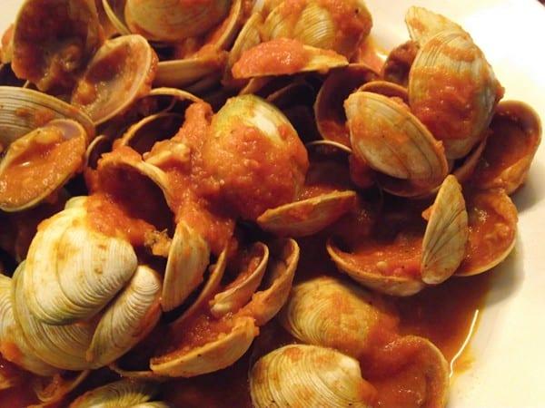 receta de almejas con salsa picante