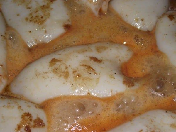 tubos de calamar en salsa para que espese