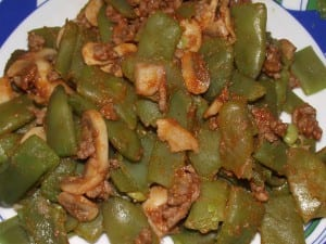 receta finalizada de Judias Verdes con Setas a la Boloñesa