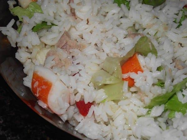 receta finalizada de ensalada de arroz