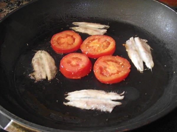 ingredientes cociendose