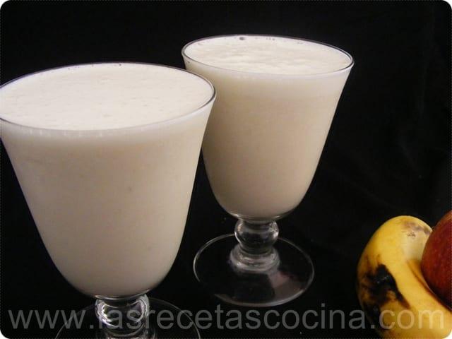 Batido de plátano y manzana