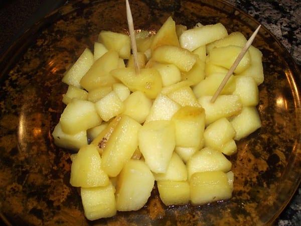 receta finalizada de tacos de manzana con reducción de licor de hierbas