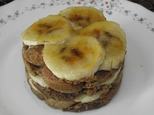 receta finalizada de bizcocho de café y plátano