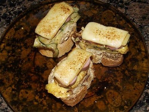receta-finalizada-de-montaditos-de-tortilla-y-queso-fundido