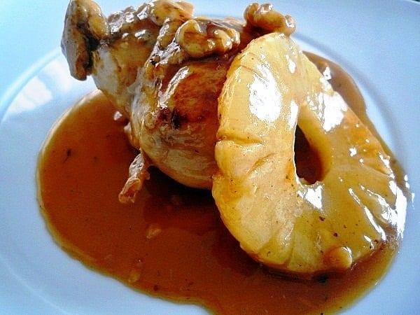 Pollo con salsa de piña y miel