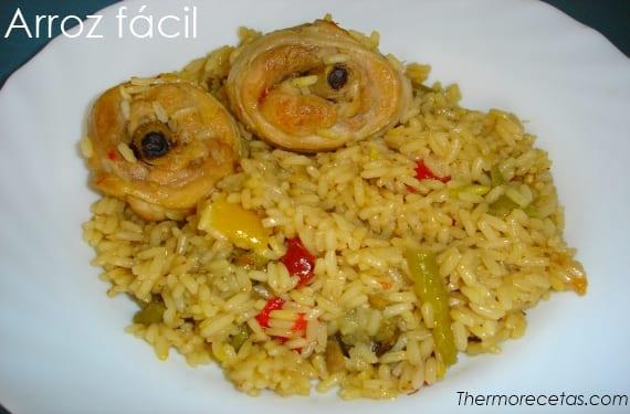 Sabroso arroz que no se pasa de pollo y verduras
