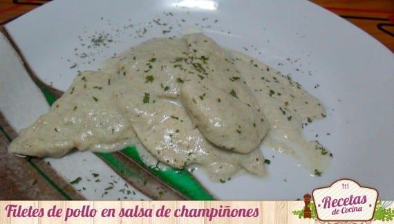 Filetes en salsa de champiñones