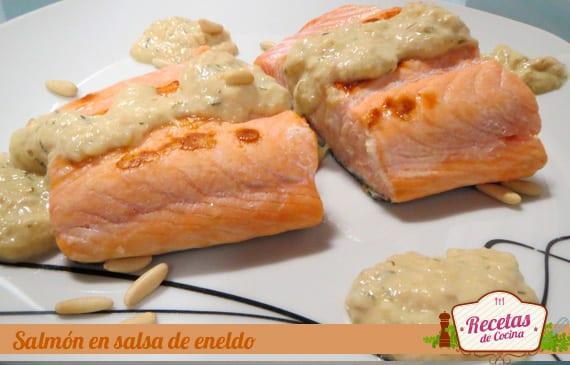 Salmón en salsa de eneldo