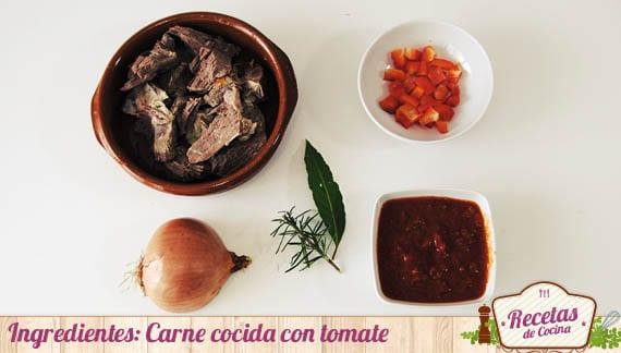 Ingredientes Carne cocida con salsa de tomate