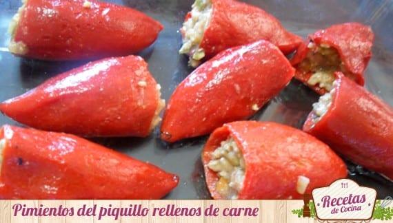 Pimientos del piquillo rellenos de carne con bechamel