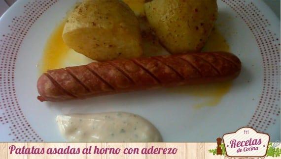 Patatas asadas con aderezo