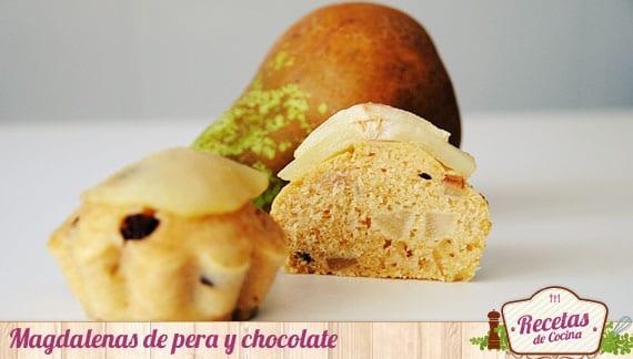 Magdalenas de pera y chocolate