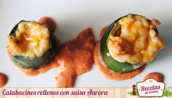 Calabacines rellenos y gratinados con salsa Aurora
