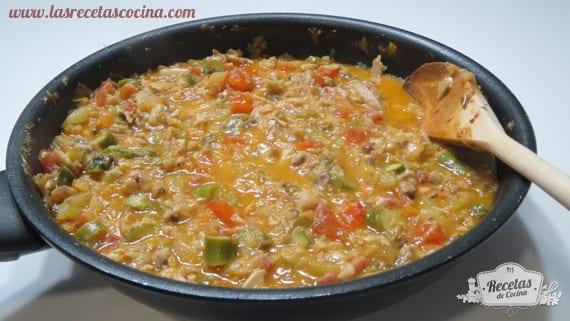 relleno-de-verduras-y-queso-para-los-tomates