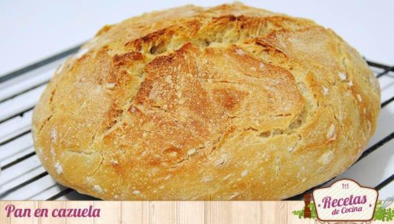 Pan blanco en cazuela