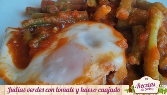 Judías verdes con tomate casero y huevo duro