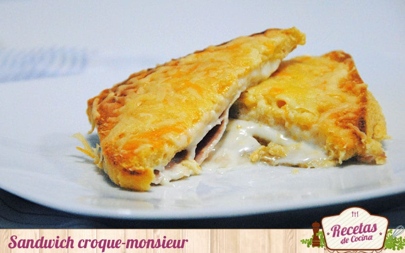 Sandwich croque-monsieur al horno