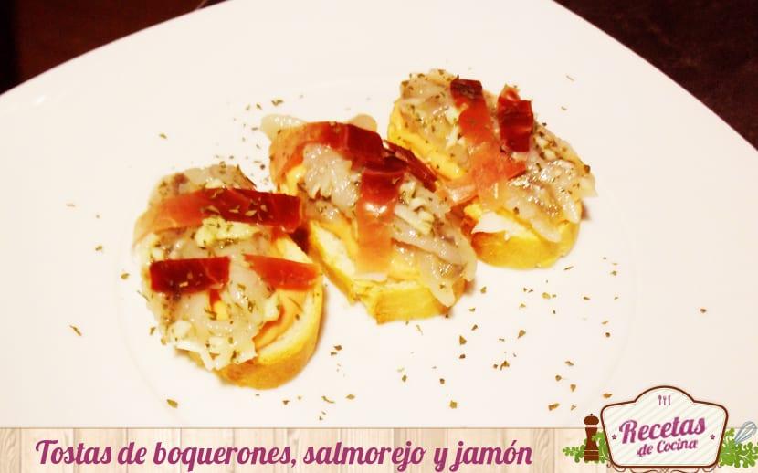 Tostas de boquerones en vinagre,salmorejo y jamón