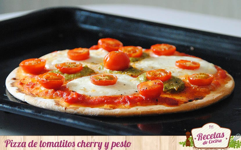 pizza-cherrys-pesto