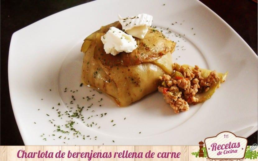 Charlota de berenjenas y carne