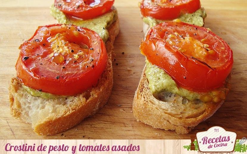 Crostini de peso y tomates asados