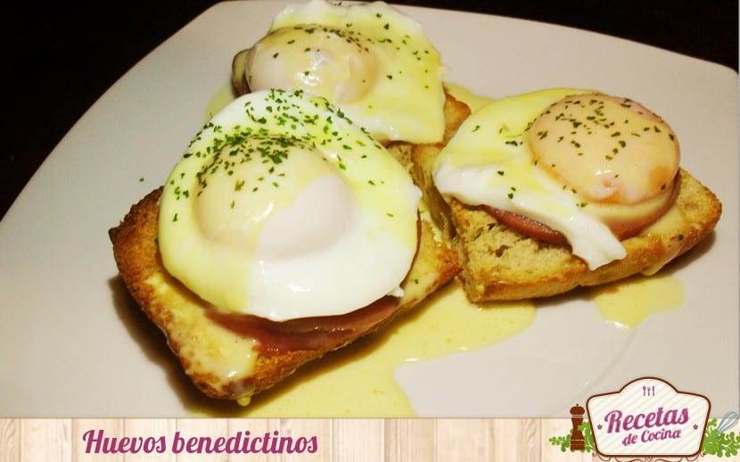 Receta tradicional de huevos benedictinos