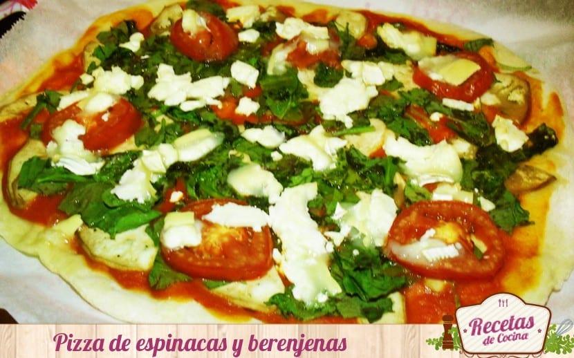 Pizza de espinacas y berenjenas