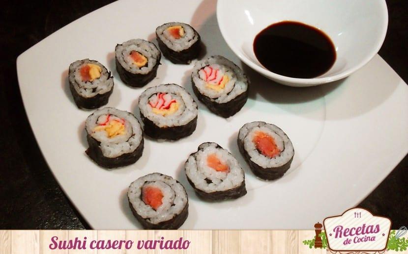 Sushi casero variado