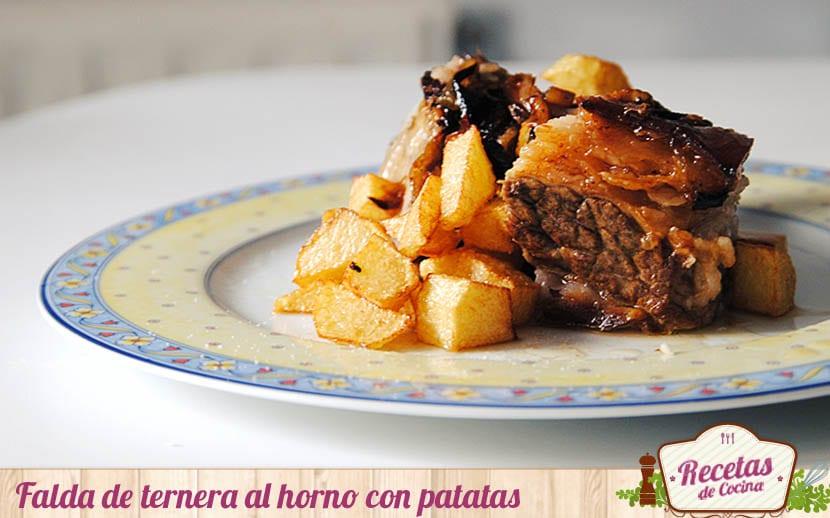 Falda de ternera al horno con patatas
