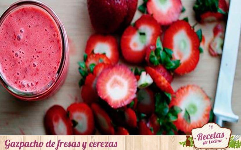 marca agua gazpacho de fresas y cerezas