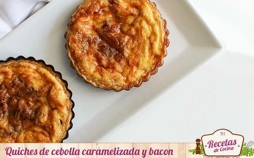 Quiche de cebolla caramelizada, bacon y queso