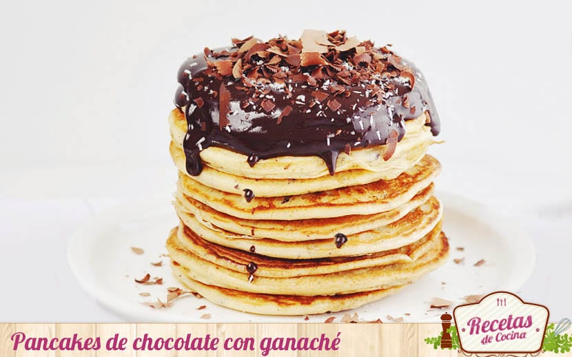 Pancakes con ganaché de chocolate