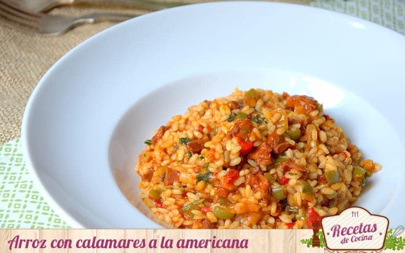 Arroz con calamares en salsa americana, una receta llena de sabor