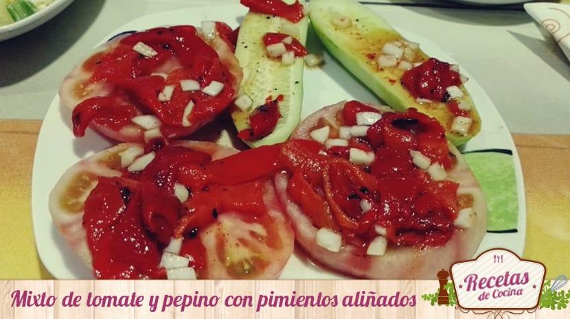 Mixto de tomate y pepino con pimientos aliñados