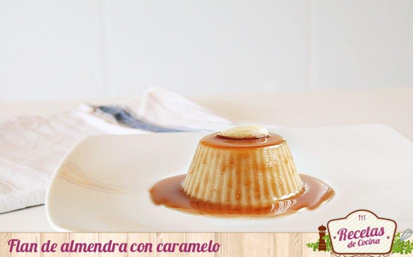 Flan de almendras con caramelo