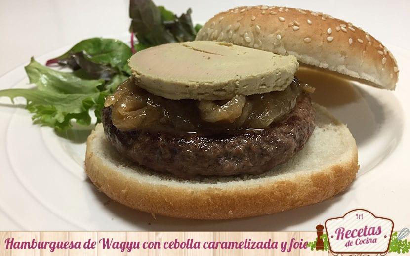 hamburguesa-de-wagyu-con-cebolla-caramelizada-y-foie-4