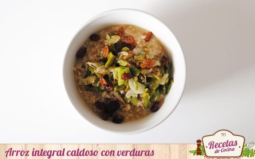 Arroz integral caldoso con verduras