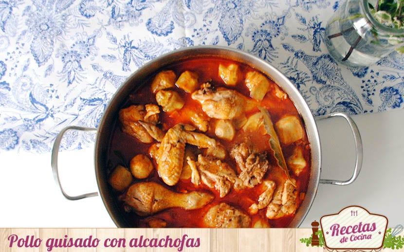 Pollo guisado con alcachofas