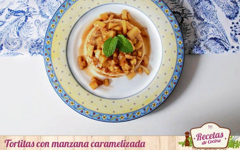 Tortitas con manzana caramelizada