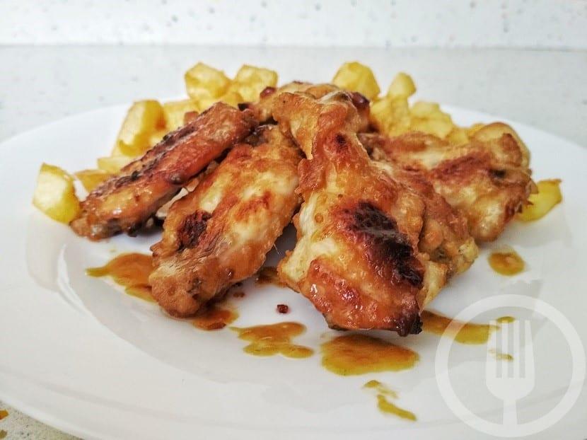 Alitas de pollo con mostaza y miel
