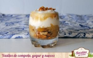 Vasitos de compota , yogur y nueces