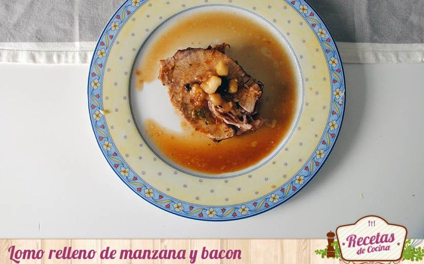 Lomo de cerdo relleno de manzana y bacon