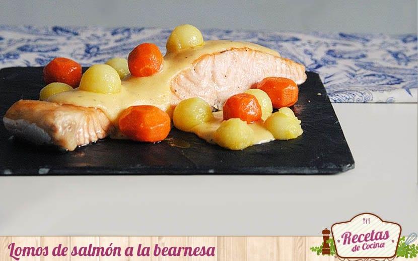 Lomos de salmón con salsa bearnesa