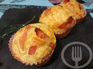 Muffins salados de bacon y queso