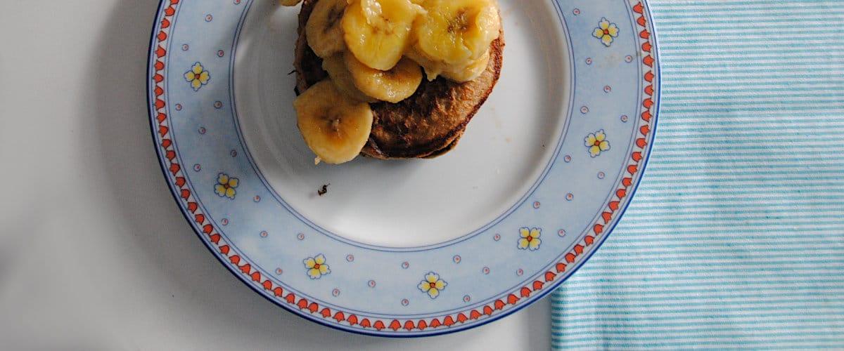 Tortitas de avena, plátano y cacao